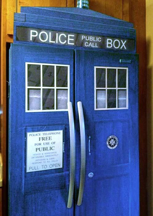 Police Box Refrigerator Glasssculpture Org